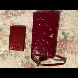 Patten leather red clutch